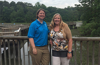 Virginia Aquarium & Marine Science Center's ROP Leaders: Karen and Lindsay